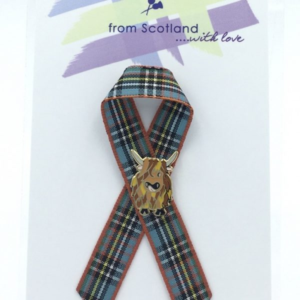 Small Highland Coo Lapel Pin